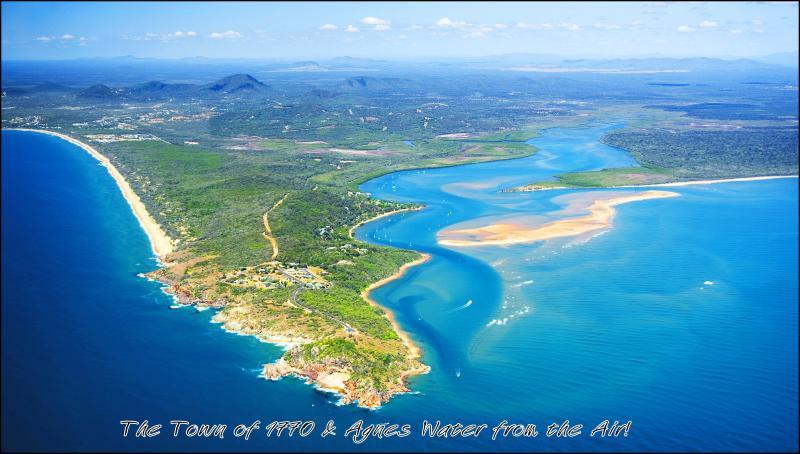 De stad van 1770 slechts 90 minuten naar het Great Barrier Reef. Australië's meest prachtige, best bewaarde sectret