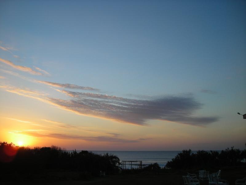 La Amistad Cottages Sunset View 2.