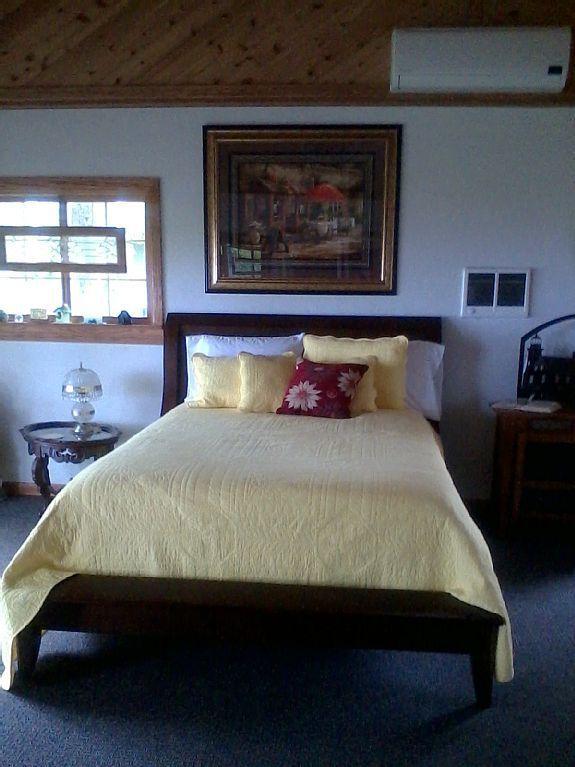 Heavy duty Queen sleigh bed.