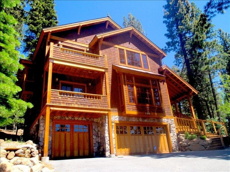Luxury throughout Gorgeous 7-year-old Custom Craft, vacation rental in Truckee