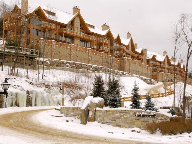 Altitude Ski-in / Ski-out resort