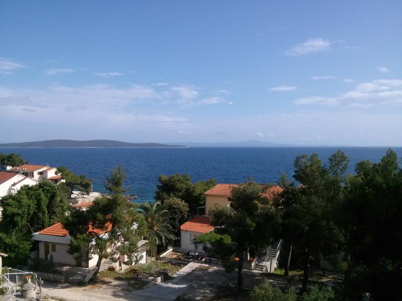 Apartment Jadranka, vacation rental in Ivan Dolac