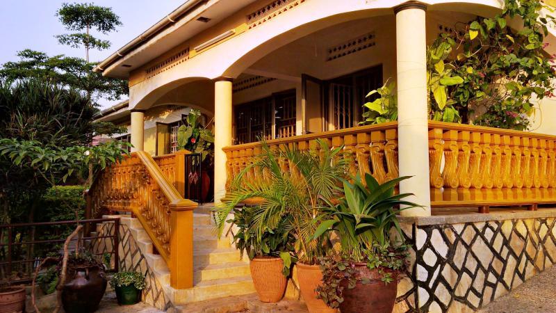 Beautiful Luxurious Kampala Home, vacation rental in Namugongo