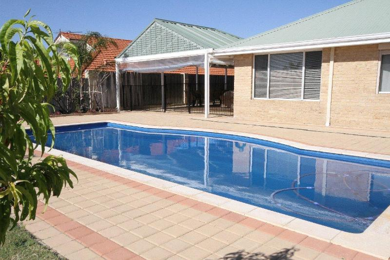 CASTAWAY IN MINDARIE, holiday rental in Greater Perth