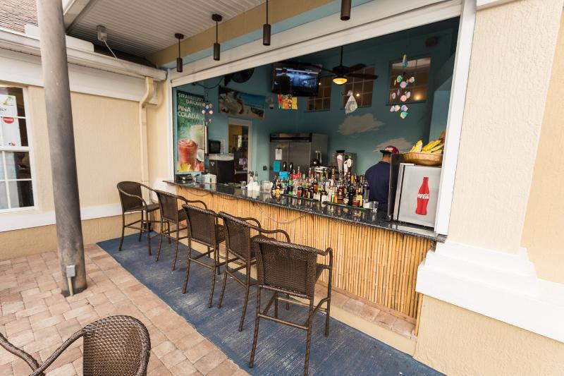 O Bar Tiki Oasis