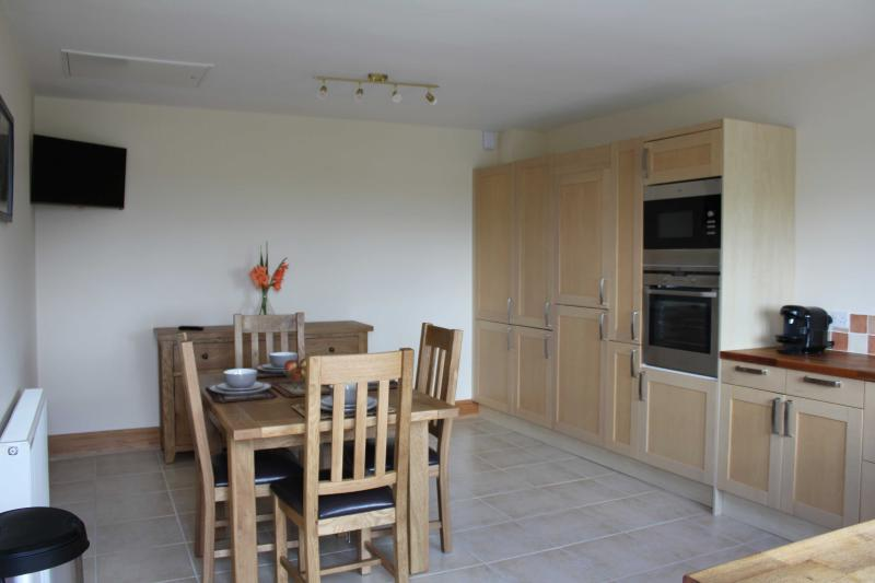 Luxurious Fully Equipped Kitchen