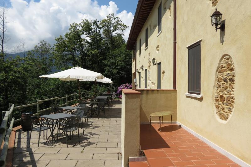 B&B DAL BRILLANTE, holiday rental in Ripa-Pozzi-Querceta-Ponterosso