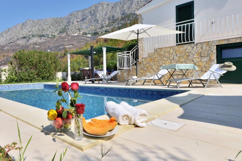Villa Vera, alquiler de vacaciones en Omis