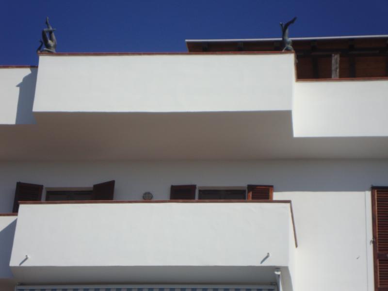 facciata vista mare