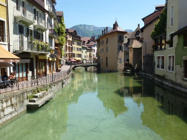 The beautiful town of Annecy, about an hour by car from the apartment.