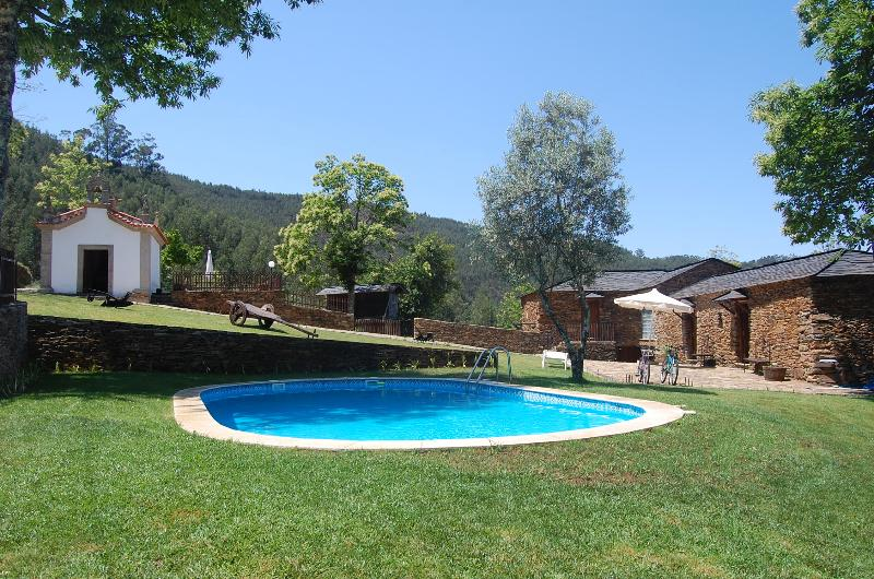 Casa de Campo ' Quinta do Cadafaz', vacation rental in Viseu District