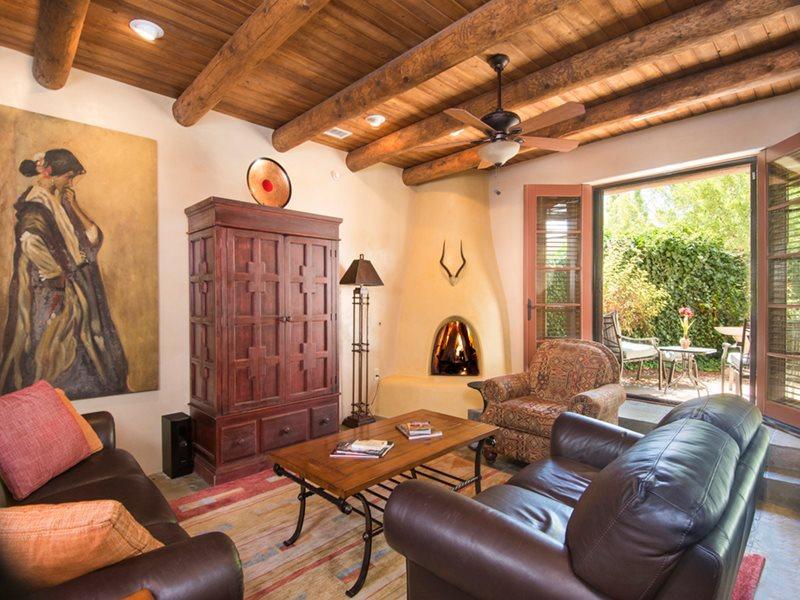 Quiet Luxury * El Corazon, holiday rental in Santa Fe