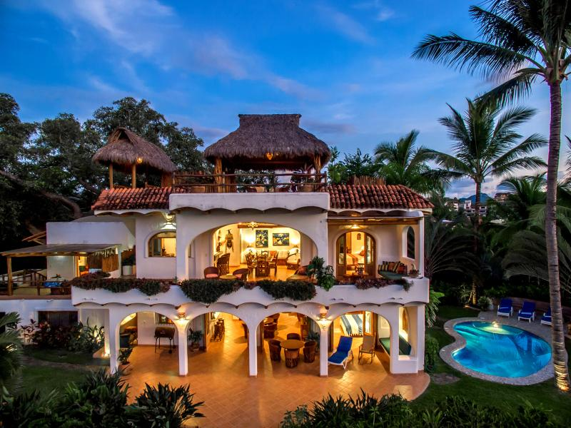 Casa Paloma | Oceanfront Paradise in Best Location, holiday rental in Sayulita