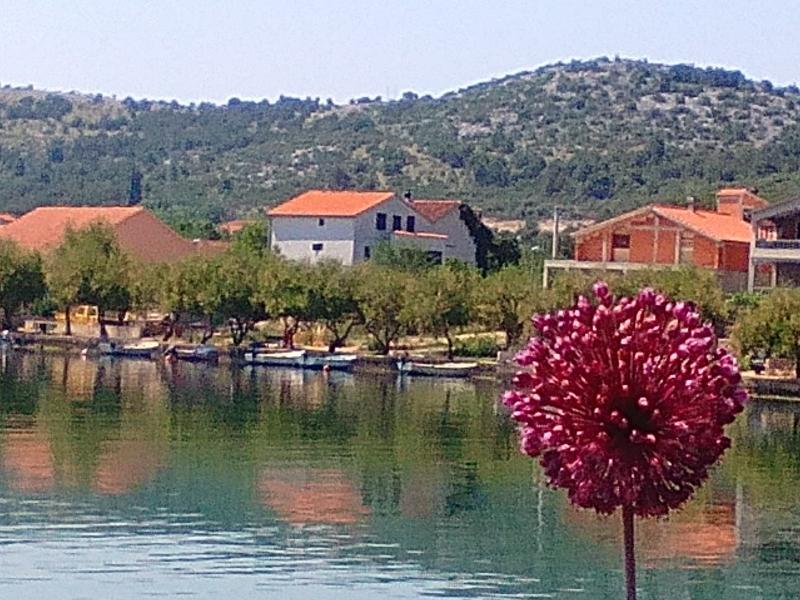 Holiday Home 'Oliva', Raslina-Dalmatia, holiday rental in Vodice