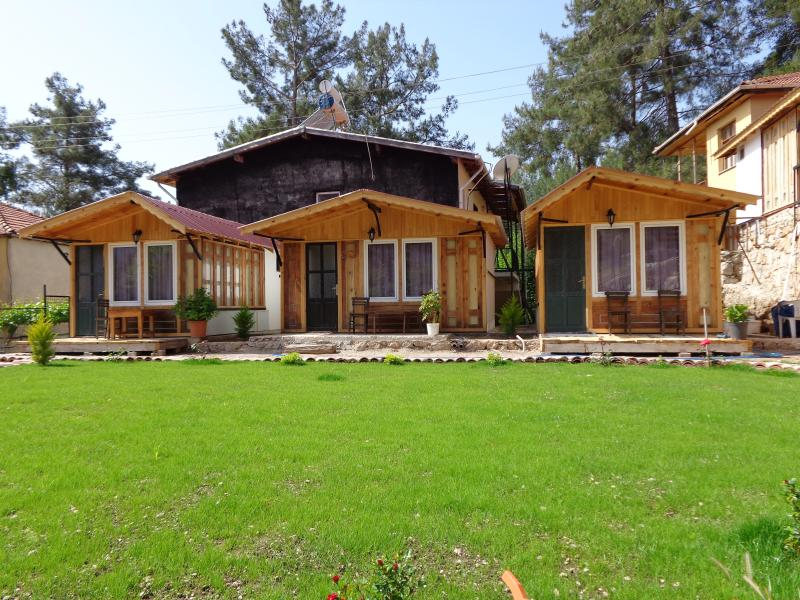 Beycik Lodgings, holiday rental in Beycik