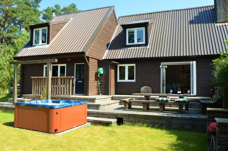 The Ranch Lodge, private peaceful location, rural retreat, hot-tub, location de vacances à Dunoon