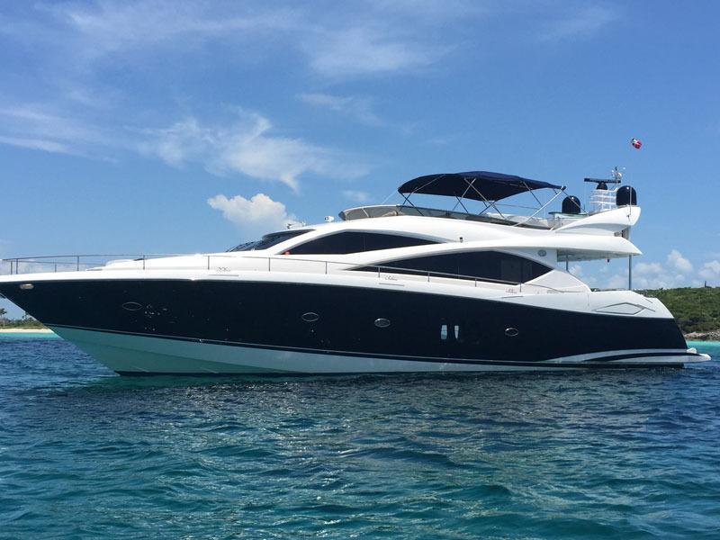 Luxury Yacht- 75' Sunseeker in Olde Naples, location de vacances à Naples