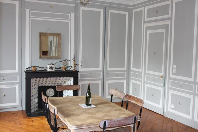 LOCATION HONFLEUR 6 PERSONNES CENTRE HONFLEUR PARKING PRIVE