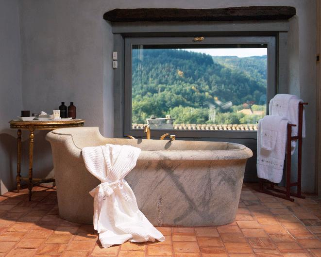 Cottage  La Grange  Rural Loft: marble bathtub with a view