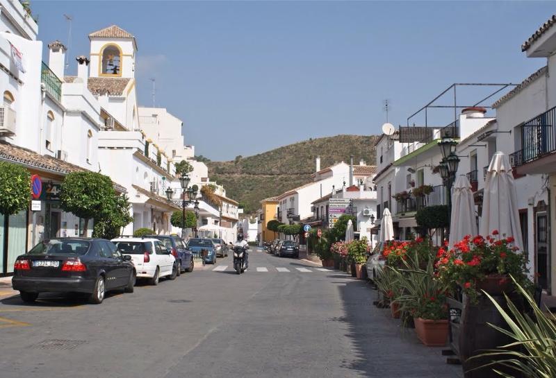 Benahavis village