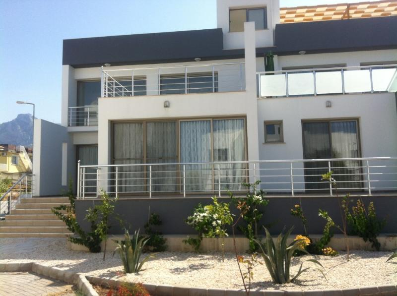 Holiday rental in Kyrenia, North Cyprus, location de vacances à Edremit (Trimithi)