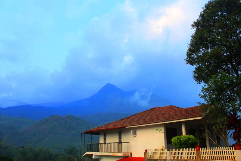 Our  villa with best of amenities & home-like services, beside the Magnificent Peak at Chembra