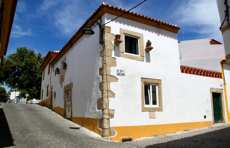 Casa Toníca, vacation rental in Portalegre District