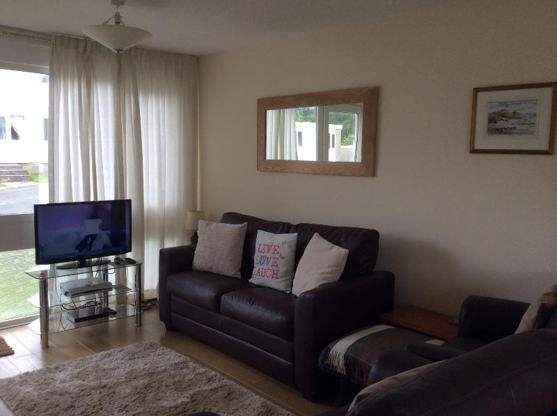 Sitting area with slimline TV, free sat and DVD player