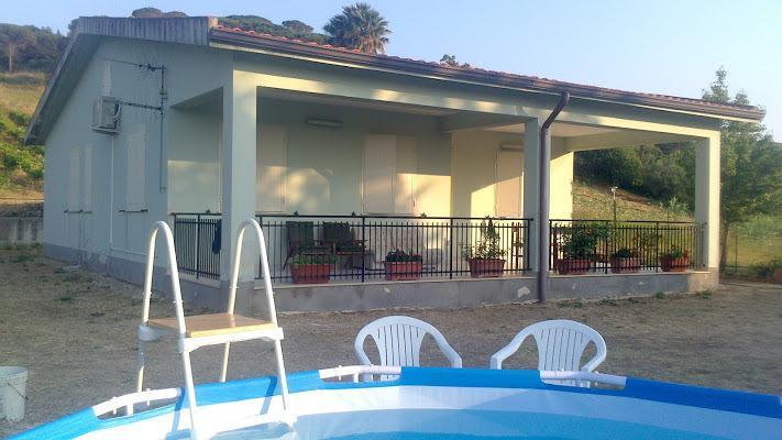 Villa campagna panoramica con frutti bio, holiday rental in Vita