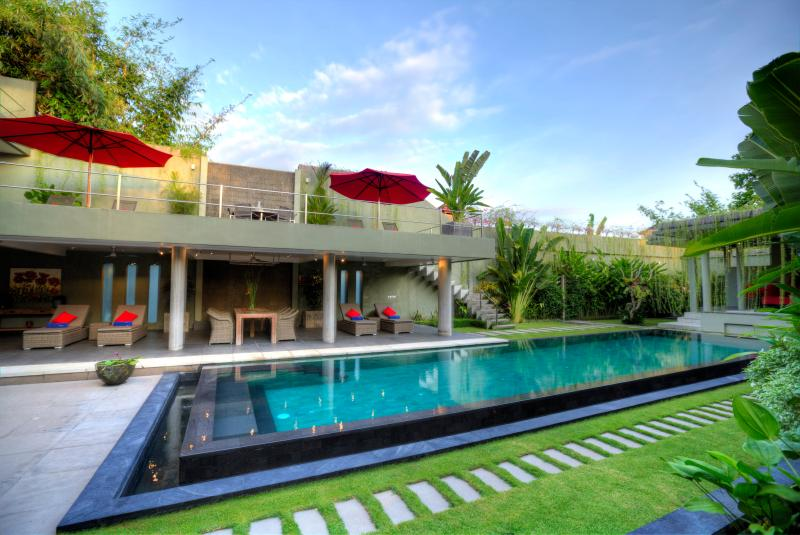 Pool is set in the middle of bamboo and trees relaxing, comfortable and secure atmosphere.