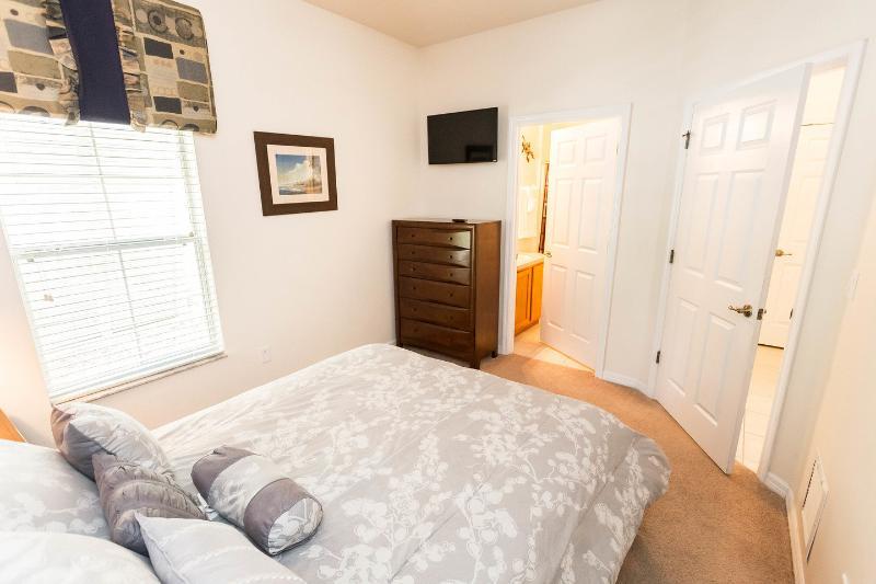 The Ensuite Bedroom