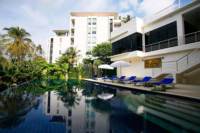 Sea view Karon apartment, holiday rental in Ban Khok Chang