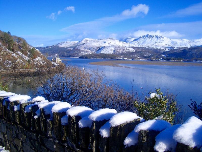 Mawddach Estuary at Christmas - a Winter Wonderland