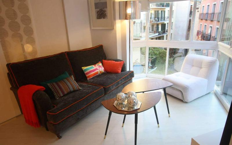 Design Apartment in city center ideal for 4, vacation rental in Madrid