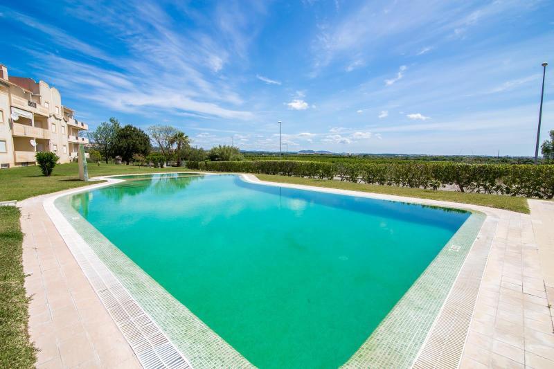 Stunning infinity pool