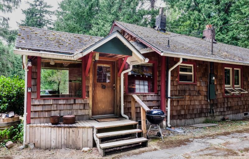 Caddis Cabin