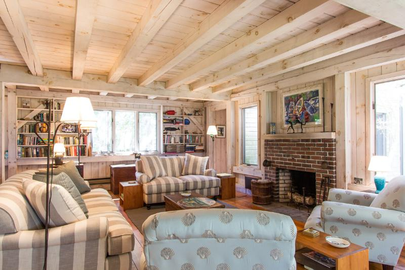 Living Room opens to Screened Porch