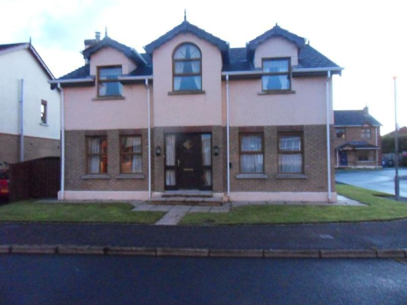 Portstewart holiday home - Detached house, vacation rental in Portstewart