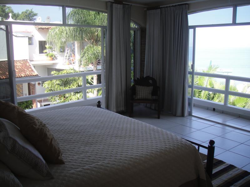 Casa Samuel Guest Bedroom