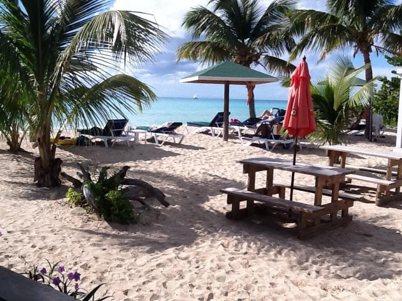 Jacque O's Love Beach, wonderful huge sun loungers with Resturant and bar