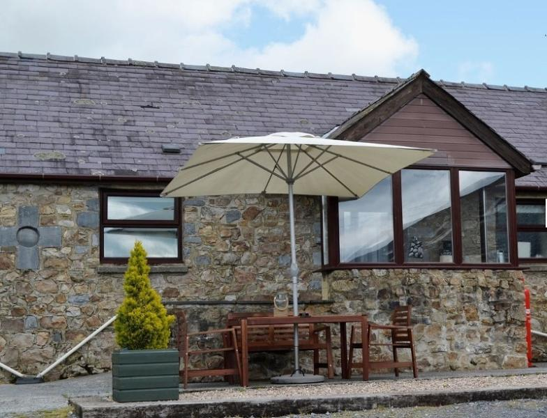 The Buttery - COASTAL WOOD HOLIDAYS - Nr beaches, Amroth, Saundersfoot and Tenby, holiday rental in Amroth