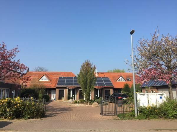 Big Modern House, 125 qm, Garden, Terrace, Barbeque, holiday rental in Wunstorf