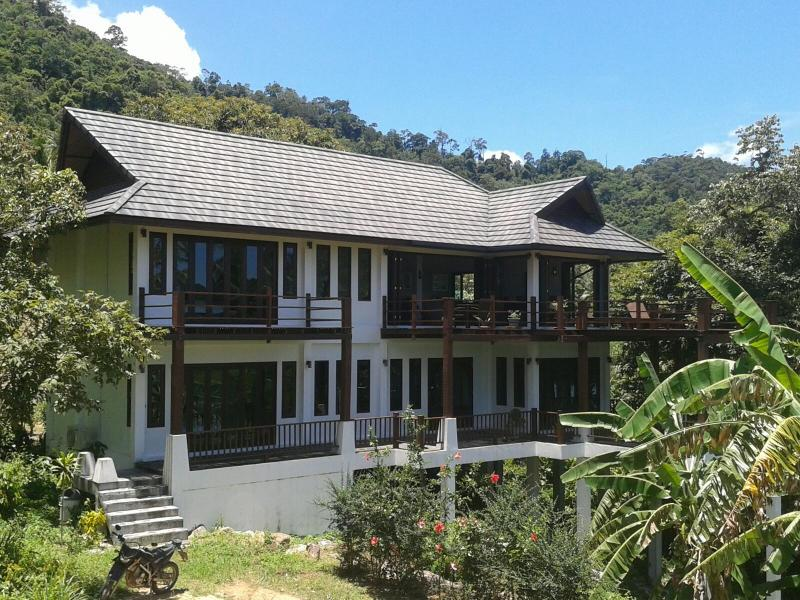Luxury Villa 5 mins Walk from Beach 20% Discount!!, holiday rental in Ko Pha Ngan
