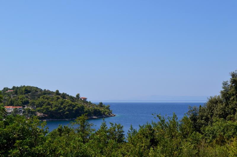 Racisce Bucht Ansicht vom benachbarten Hügel, den Sie Wandern, radeln, gehen können...