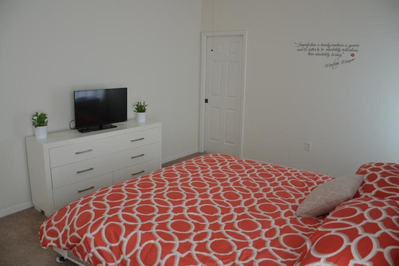 King master bedroom with TV