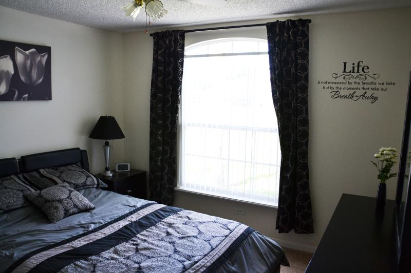 Queen master bedroom