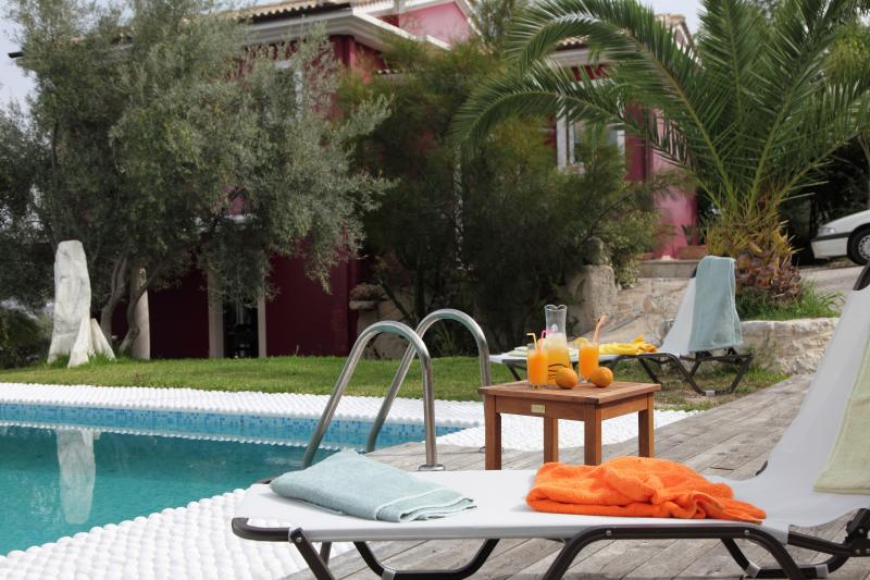 Indepent Luxury villa - fantastic view of Ionian sea