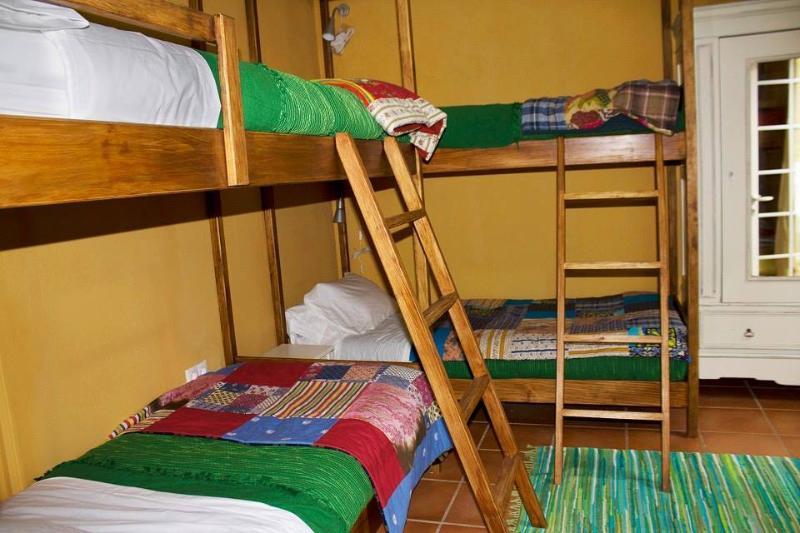 quarto dos beliches ou quarto verde