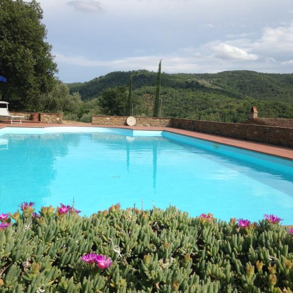 countryhouse for 2 with private pool in Tuscany, alquiler de vacaciones en Pergine Valdarno