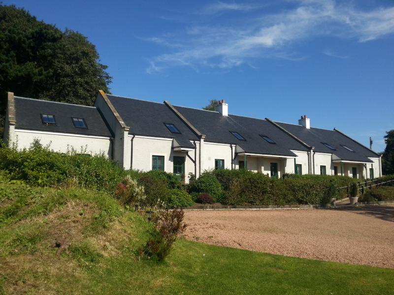 Linlithgow Cottage, holiday rental in Newton